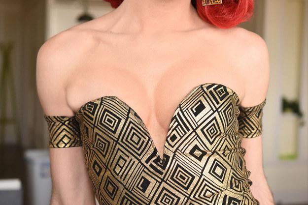 как-визуально-увеличить-грудь.jpg
