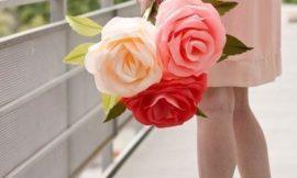 Как красиво оформить подарок на 8 марта: два варианта