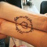 Как выглядят татуировки на коже людей в старости