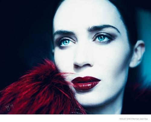 Эмили Блант в образах Золушки, Рапунцель и Красной Шапочки для Violet Grey