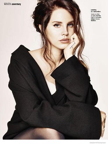 lana-dey-rey-magazine-photoshoot01.jpg