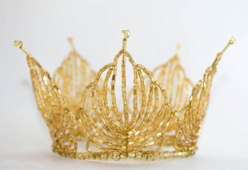 Делаем золотую корону на праздник ребенку или себе