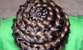DIY: Заплетаем французскую косу или «улитку».