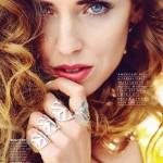 Прямые брови: когда это красиво. Чиара Феррагни в Cosmopolitan Magazine