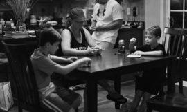 Люди без смартфонов: насколько мы зависим от гаджетов