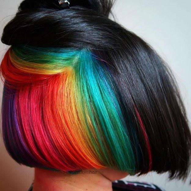 Тренды: яркий цвет волос как акцент