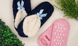 Уход за ногами от Faberlic: тапочки, увлажняющие силиконовые носки. Отзыв