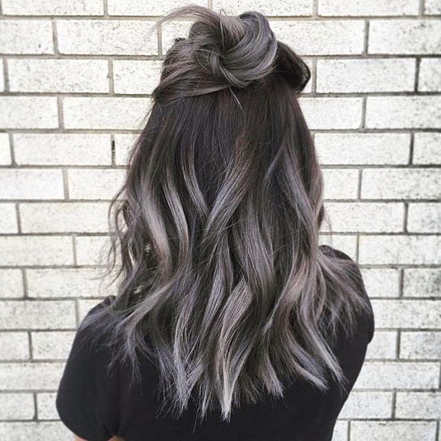 Серое омбре – новый тренд в окрашивании волос