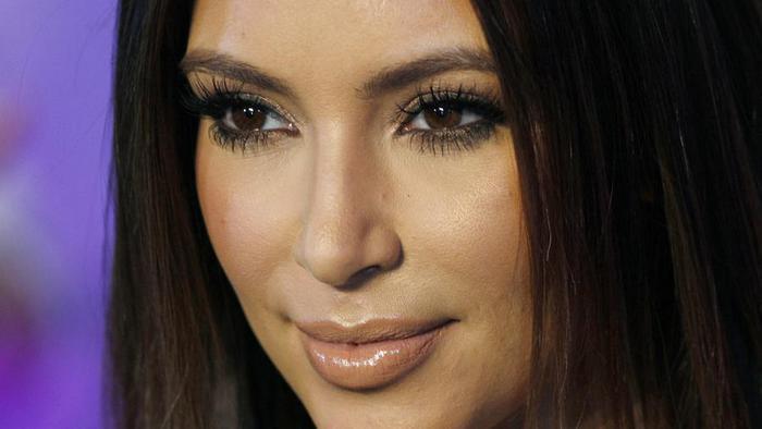 Урок макияжа от Ким Кардашьян