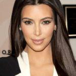 Как выглядела Ким Кардашьян до пластики, и человек после 300 пластических операций