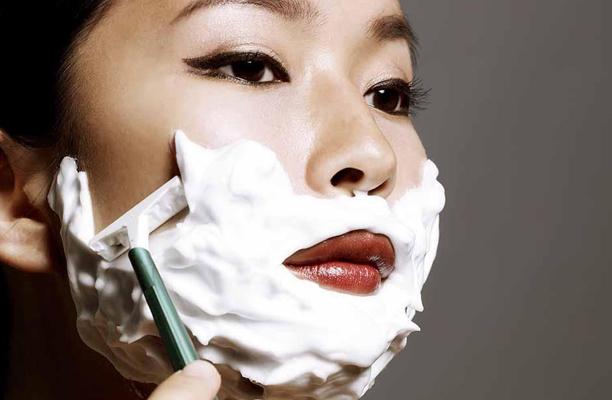 Дермапланинг: стоит ли брить лицо?