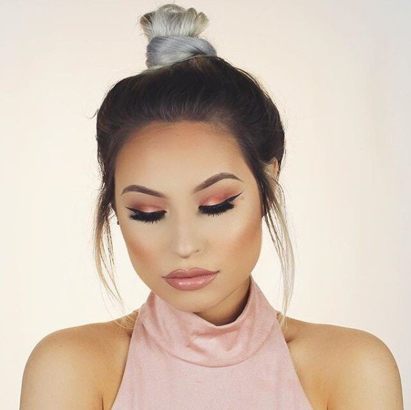 Персиковые тени – главный тренд макияжа 2017