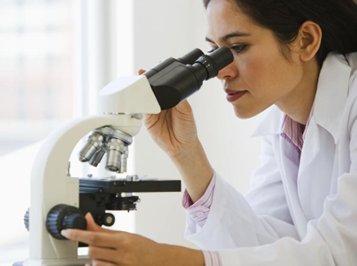 Как выглядит косметика под микроскопом? Помады и блески для губ