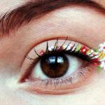Стрелки из цветов – самый весенний makeup-тренд