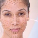 Необычная техника нанесения консилера для естественного макияжа