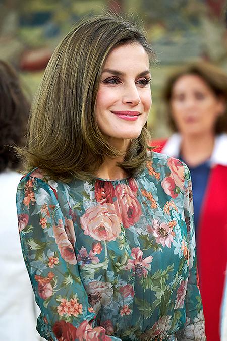 Королева Испании в платье Zara: весь образ